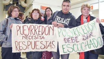 vecinos denuncian abandono y exigen resarcimiento economico