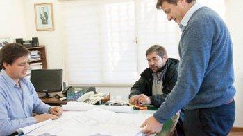 El intendente de Rada Tilly, Luis Juncos, recibió al subsecretario del Interior, Juan Carlos Morán, y al director nacional de Desarrollo Humano de la Subsecretaría de Hábitat, Marcelo Cano.