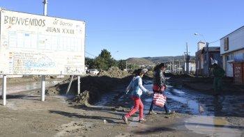A través de un recurso de amparo, vecinos de los barrios más afectados reclaman a las autoridades que asuman su responsabilidad.