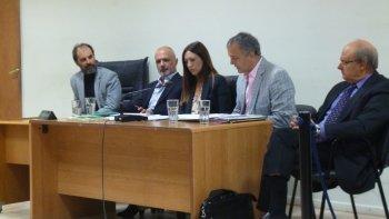 Ayer continúo el juicio oral y público contra los ex intendentes Martín Buzzi y Néstor Di Pierro.