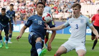 La selección argentina Sub 20 viene de perder 3-0 ante Inglaterra.