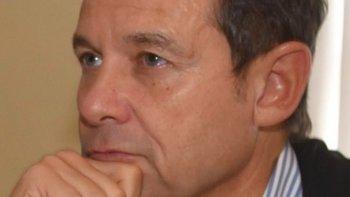 Los dichos de Eduardo Costa en torno a inversiones de YPF en yacimientos santacruceños generaron el repudio de dirigentes del gremio petrolero y del comisionado de fomento de Cañadón Seco.