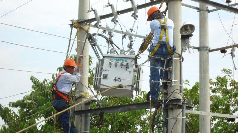 Mañana cortarán la energía en 13 barrios de Comodoro