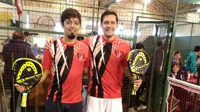La dupla Carranza-Quiliñán celebró en la final de Quinta.