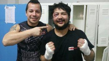 Marcelo Terra Lima -izq- junto a Cristian El Lobezno Fernández, tras el empate con David El Carnicero Herrera.