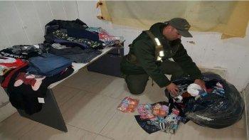 secuestran prendas de vestir en colectivo de larga distancia