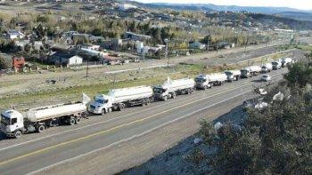 camioneros decidio bloquear la playa de tanques hasta el jueves