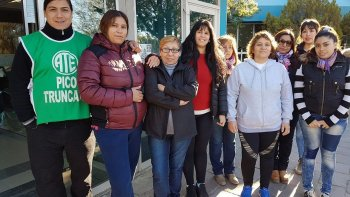 La seccional ATE Pico Truncado alcanzó una acuerdo con el municipio que posibilitó que las trabajadoras de la Dirección de Comercio y Habilitaciones levanten una medida de fuerza.