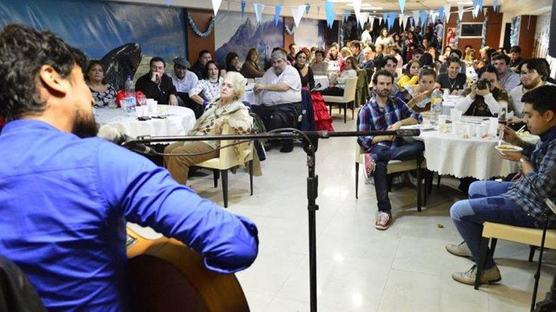En la Casa del Chubut más de 400 habitantes de esta provincia
