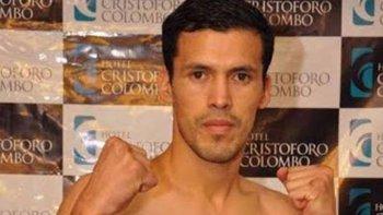 Luis Rueda salió airoso en su combate que protagonizó en Panamá.