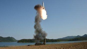 corea del norte lanzo otro misil que cayo en el mar de japon