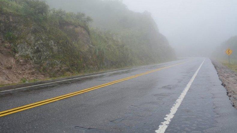 Transitar con precaución en rutas: humedad, heladas y neblinas