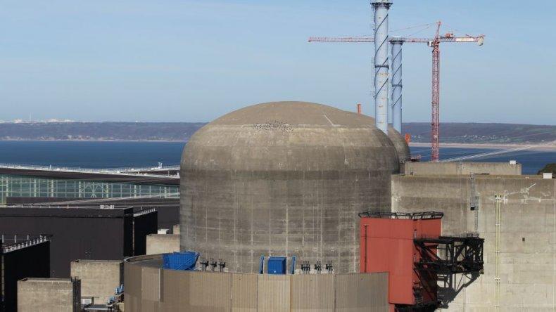 Comenzó el debate en el Senado por la central nuclear en la Patagonia