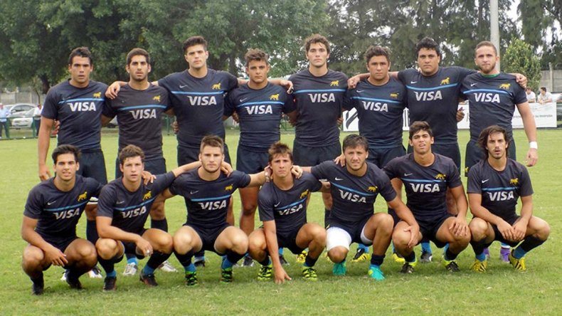 La selección argentina juvenil de rugby iniciará hoy su actuación en el Mundial de Georgia.