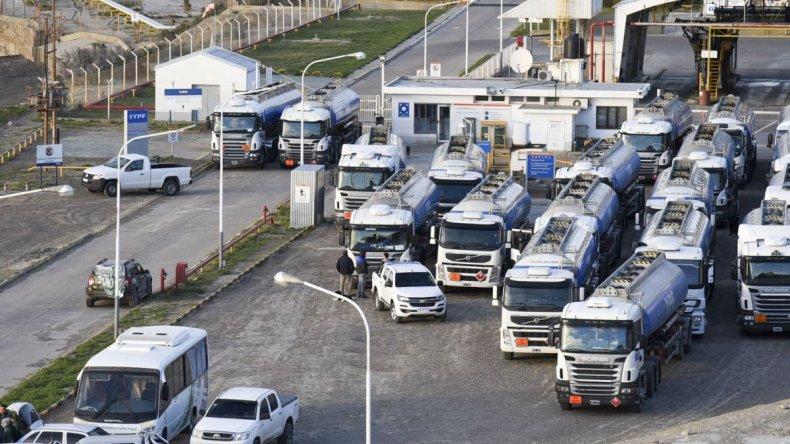 La audiencia entre Camioneros e YPF pasó a cuarto intermedio