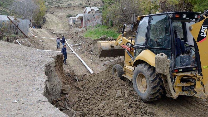 En Laprida se saneó el pluvial y se  avanza con la reparación de calles