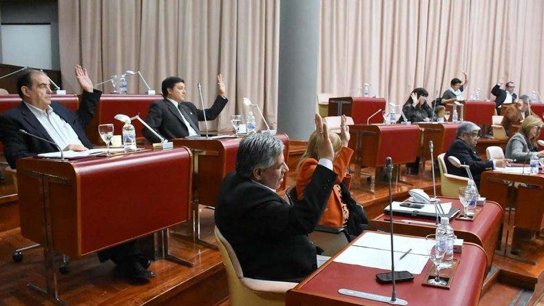 La deficiente atención del PAMI en Chubut fue abordada ayer en la sesión de la Legislatura.