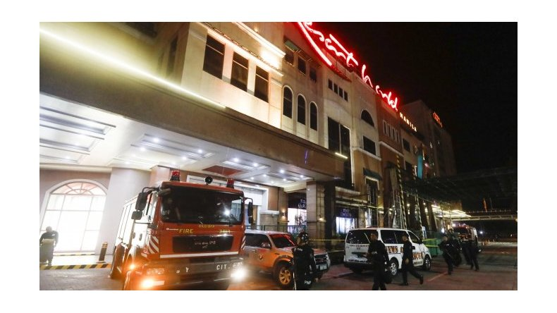 Hombre armado asaltó un casino y murieron 34 personas