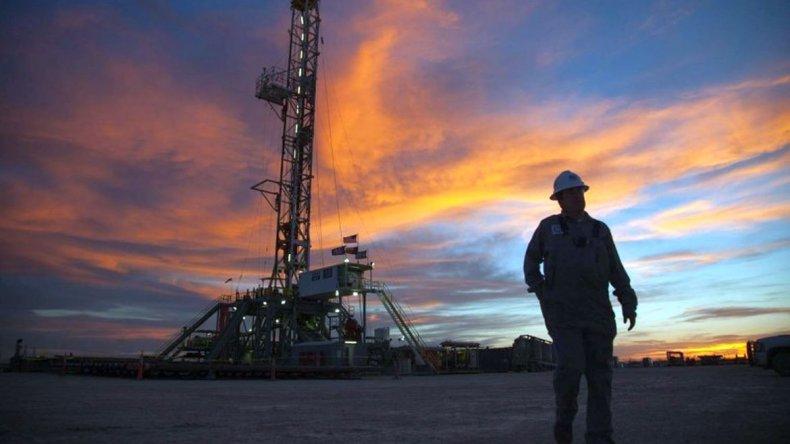 San Antonio suspende sin goce de sueldo a un centenar de trabajadores