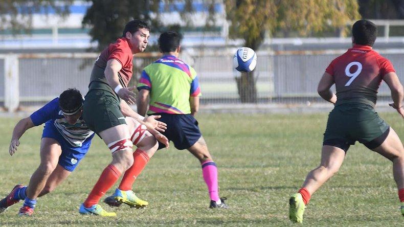 Deportivo Portugués viene de vencer a Trelew RC y esta tarde irá por más para seguir en lo más alto del torneo Austral.