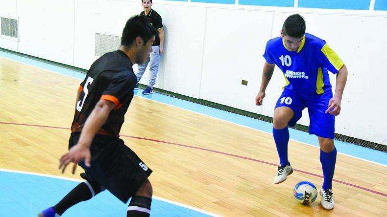 El torneo Apertura de fútbol de salón oficial continuará esta tarde con la fase regular.