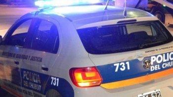 robaron un arma, dinero y tarjetas en una casa del pueyrredon