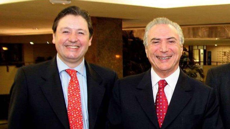 El valijero Rocha junto a Temer cuando era su asesor.
