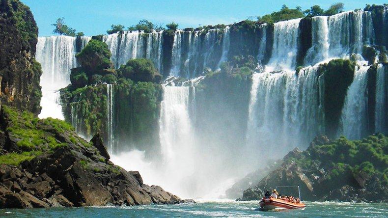 Las Cataratas del Iguazú son reconocidas de forma unánime como las más espectaculares.