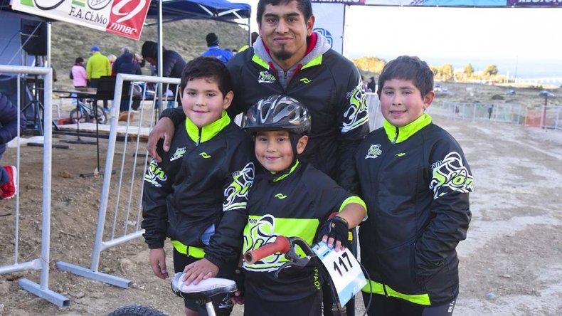 Los integrantes del Team Sion fueron locales en El Infiernillo durante la 2ª fecha del Argentino.