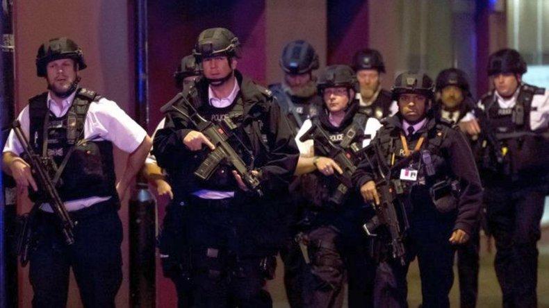 Atentados en Londres: 7 víctimas, 3 atacantes muertos y 50 heridos