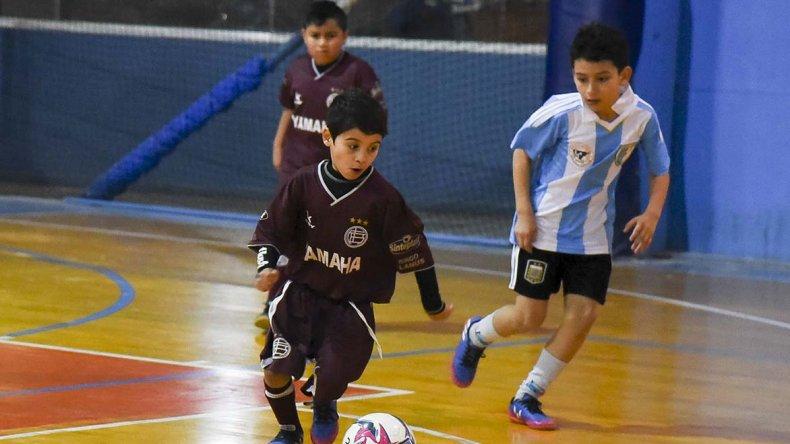 La CAI vivió su tercera fecha de fútbol infantil que determinó cambios en la tabla entre los líderes y sus seguidores inmediatos.