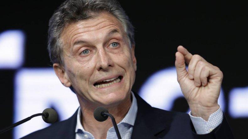 Macri recibe a periodistas de la farándula en Olivos