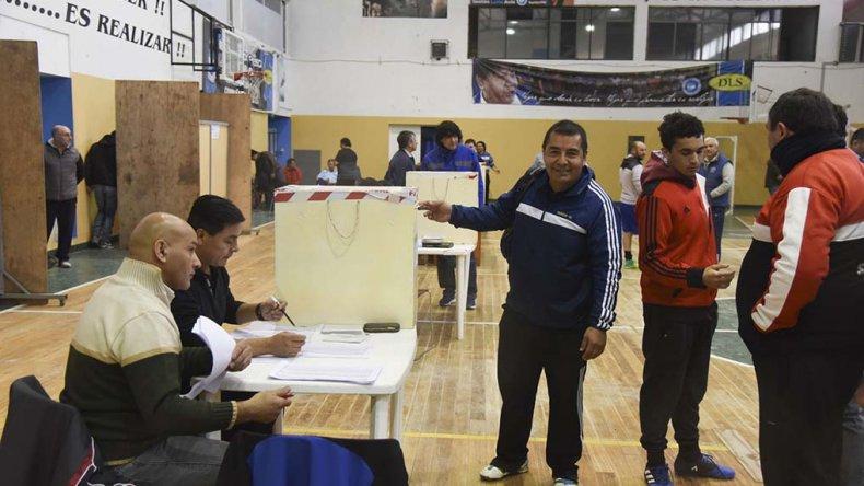 La lista Celeste y Blanca ganó las  elecciones por más de 300 votos