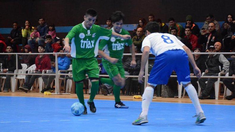 La selección mayor de fútbol de salón de Comodoro Rivadavia impuso autoridad en el inicio del Argentino A de futsal Ushuaia 2017.