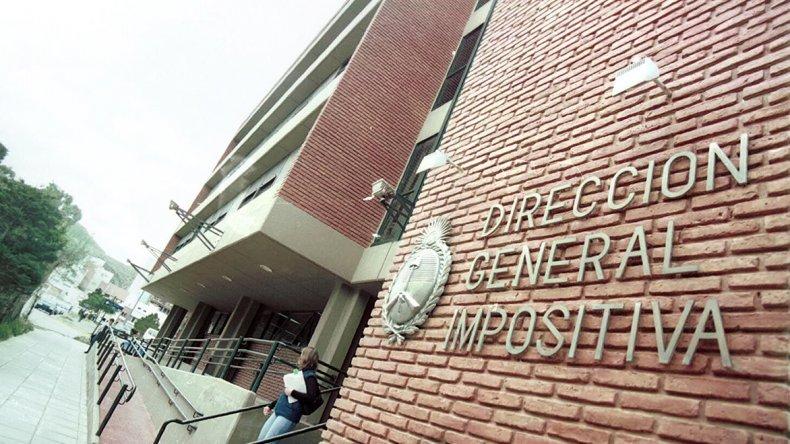 La atención en la Administración Federal de Ingresos Públicos fue criticada luego que se difundiera un video por el reclamo de una contribuyente angustiada.