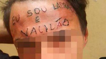 le tatuaron en la frente soy un ladron y un idiota a un menor