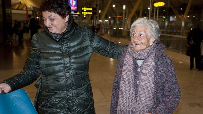 Una mujer española halló los restos de su padre en una fosa común.