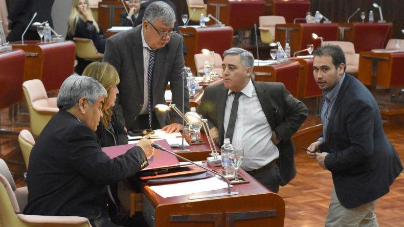 No se pudo tratar el pliego de García Blanco por falta de quórum