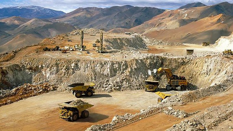 Vuelve a trabajar la mina Veladero en San Juan.