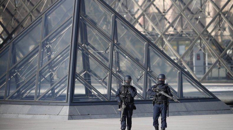 El Louvre vio caer su popularidad debido a los atentados que azotaron a la capital francesa en el último tiempo.