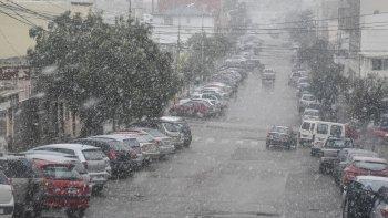 probabilidad de chaparrones de nieve para hoy jueves