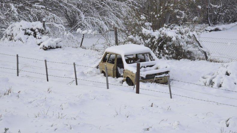 Nieve en las rutas de Chubut. Foto: Mauricio Macretti / El Patagónico