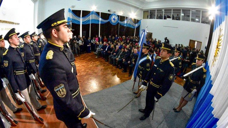 Fueron 32 los cadetes que juraron lealtad en la Casa de Gobierno.