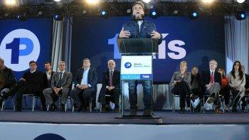 El líder del Frente Renovador, Sergio Massa, presentó el programa Alerta Buenos Aires.