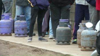 el gobierno multa con mas de $ 350 millones a pae por no abastecer gas para garrafas