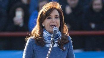 Cristina confirmó su candidatura a senadora por la provincia de Buenos Aires por fuera del PJ.