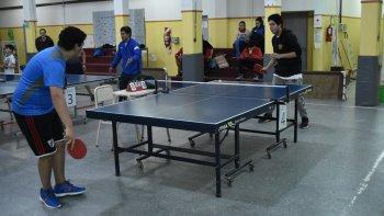 en palazzo se llevo adelante el 1º torneo de tenis de mesa