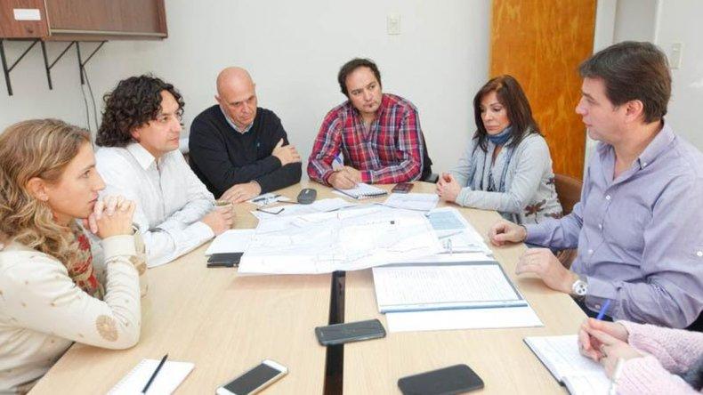 Juncos se reunió con concejales para analizar el avance de obras tras el temporal
