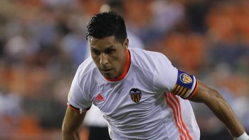 Por falta de continuidad en el Valencia, Enzo Pérez resignó dinero para sumarse a River.