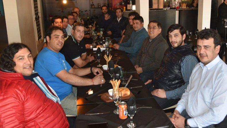 La reunión entre dirigentes de la UOCRA con intendentes y otros funcionarios de municipios de la zona norte se celebró en Pico Truncado. Se preveía la redacción de un documento conjunto.